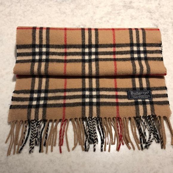 ⭐️Burberry London 100% Wool Nova Check Plaid Scarf